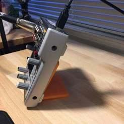 16108067_10211202725002249_1076127206_o.jpg Télécharger fichier STL gratuit Behringer Xenyx 302USB Stand • Plan à imprimer en 3D, mapletag