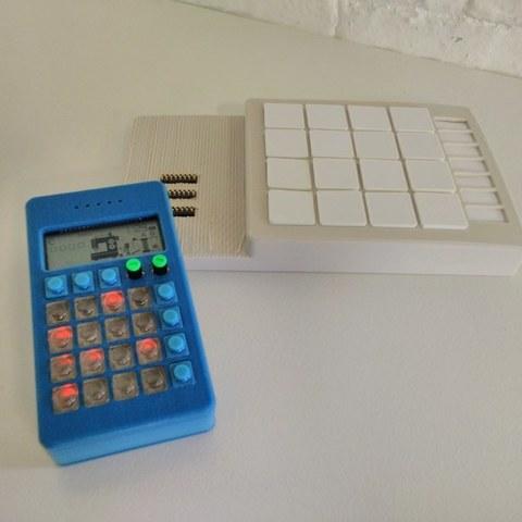 IMG_20150602_182133_display_large.jpg Télécharger fichier STL gratuit Teenage Engineering PO-12 étui avec clés • Objet imprimable en 3D, Palemar