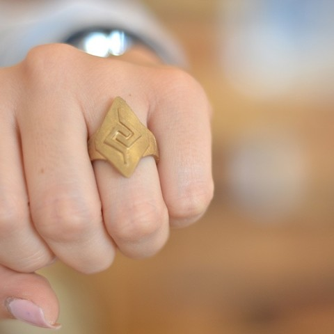 Ancestry3d_MayanTriangles2_display_large.JPG Download free STL file Mayan Triangles Ring • 3D printable model, Cilshell