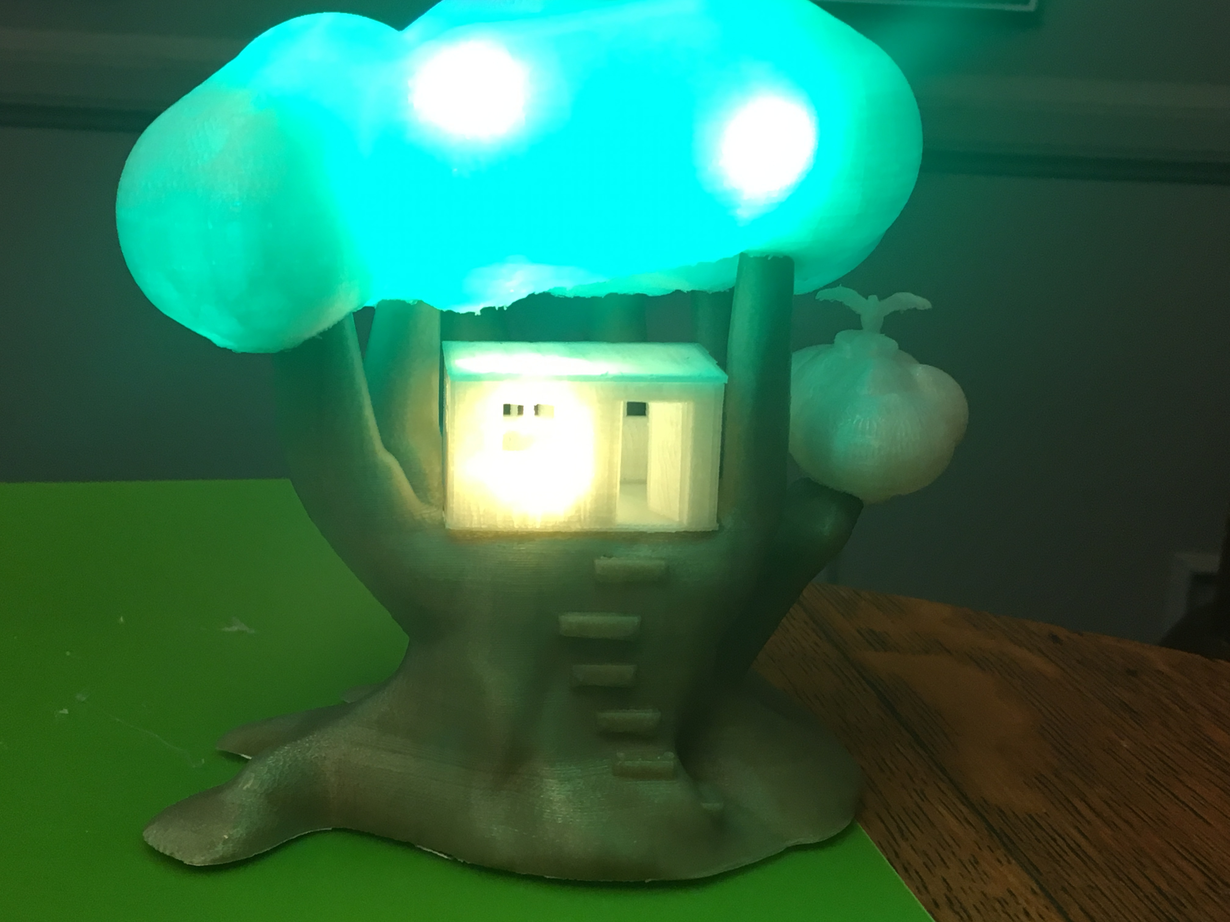 IMG_5050.JPG Download free STL file Improved, but still pretty simple,Tree House Night Light • Design to 3D print, Pza4Rza