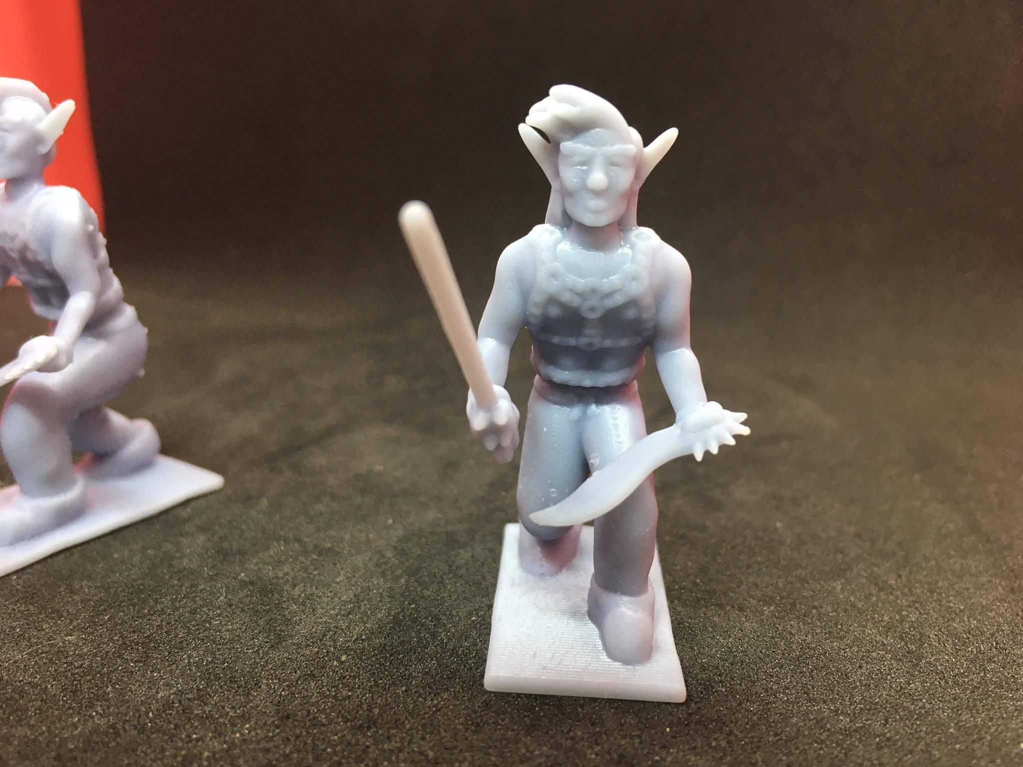 87203335_221965655608486_6758461035478253568_n.jpg Download free STL file Eladrin Elf Rogue • 3D print model, Pza4Rza