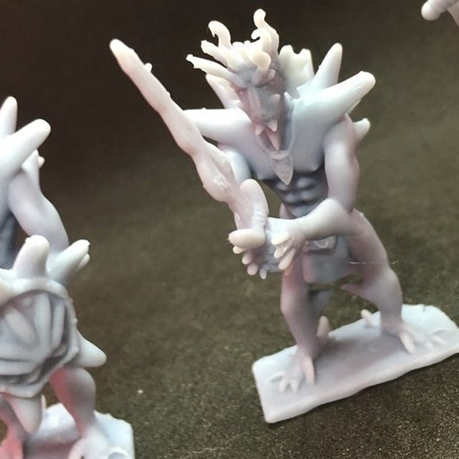 70161087_391825594836194_6459198301387358208_n.jpg Download free STL file Dragonborn Barbarian • 3D printer design, Pza4Rza