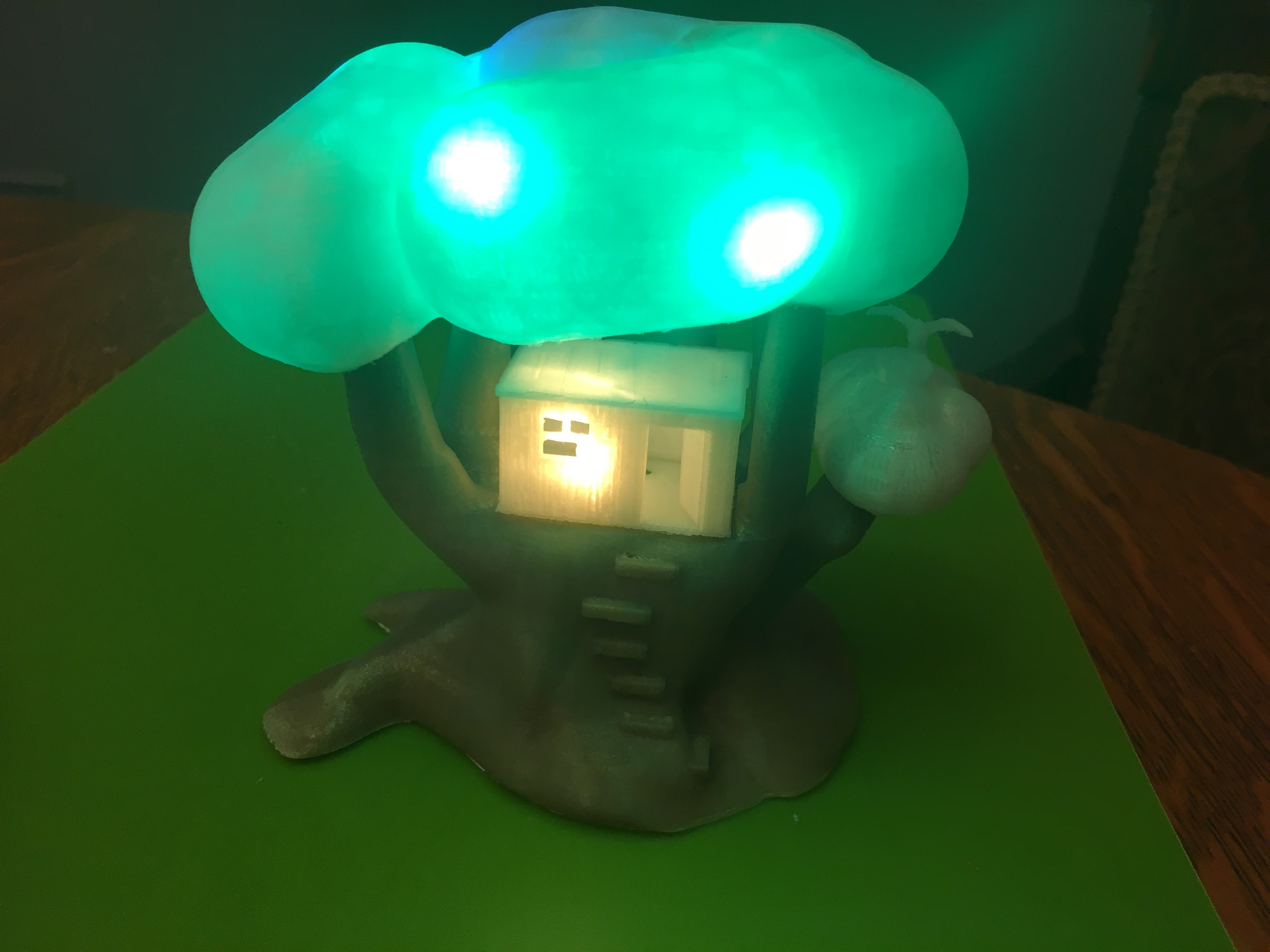 IMG_5065.JPG Download free STL file Improved, but still pretty simple,Tree House Night Light • Design to 3D print, Pza4Rza