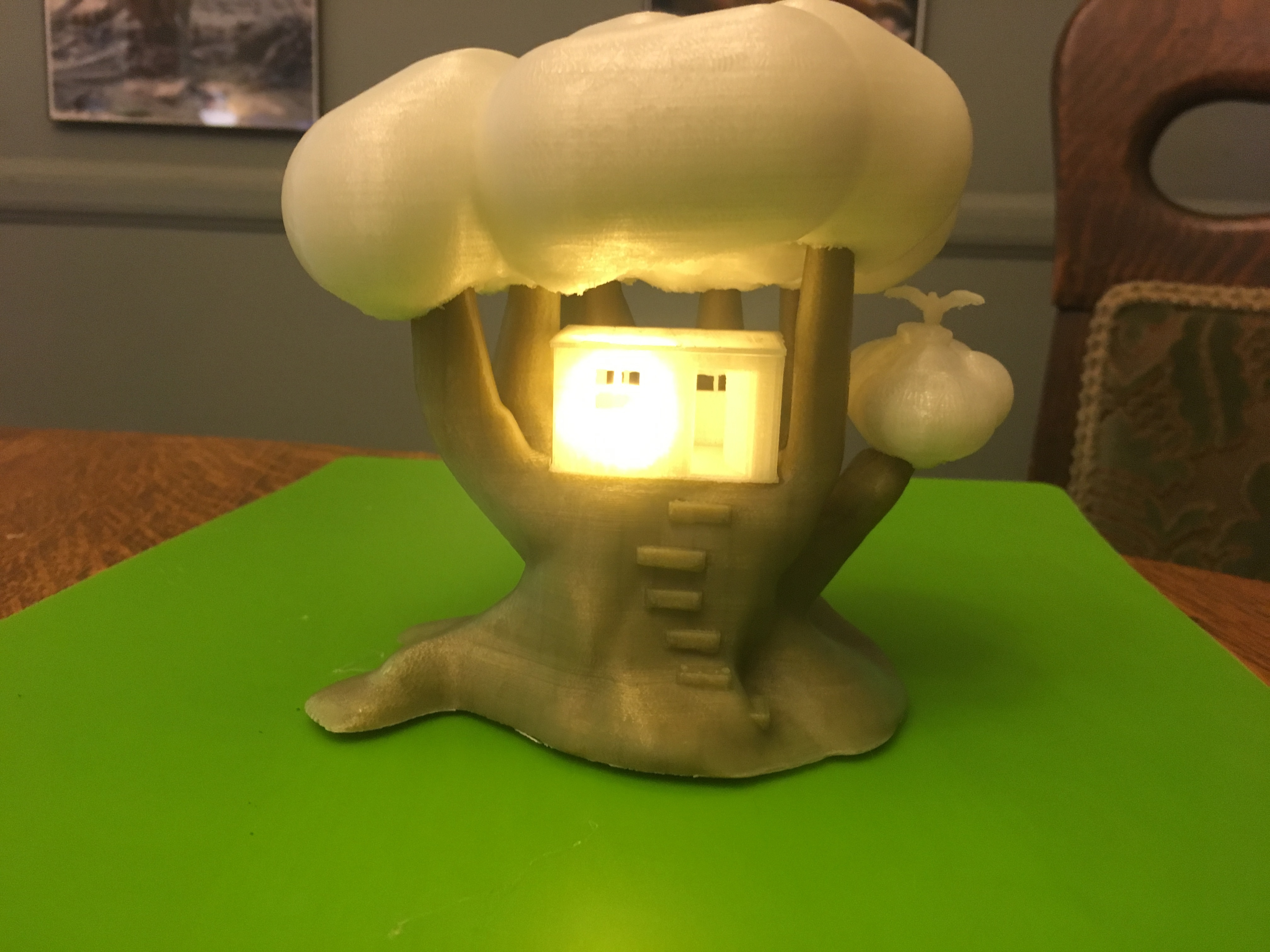 IMG_5059.JPG Download free STL file Improved, but still pretty simple,Tree House Night Light • Design to 3D print, Pza4Rza