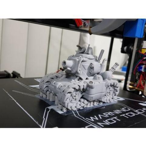 Imprimir en 3D gratis SV-001 Tanque de chispas metálico, nauseumster