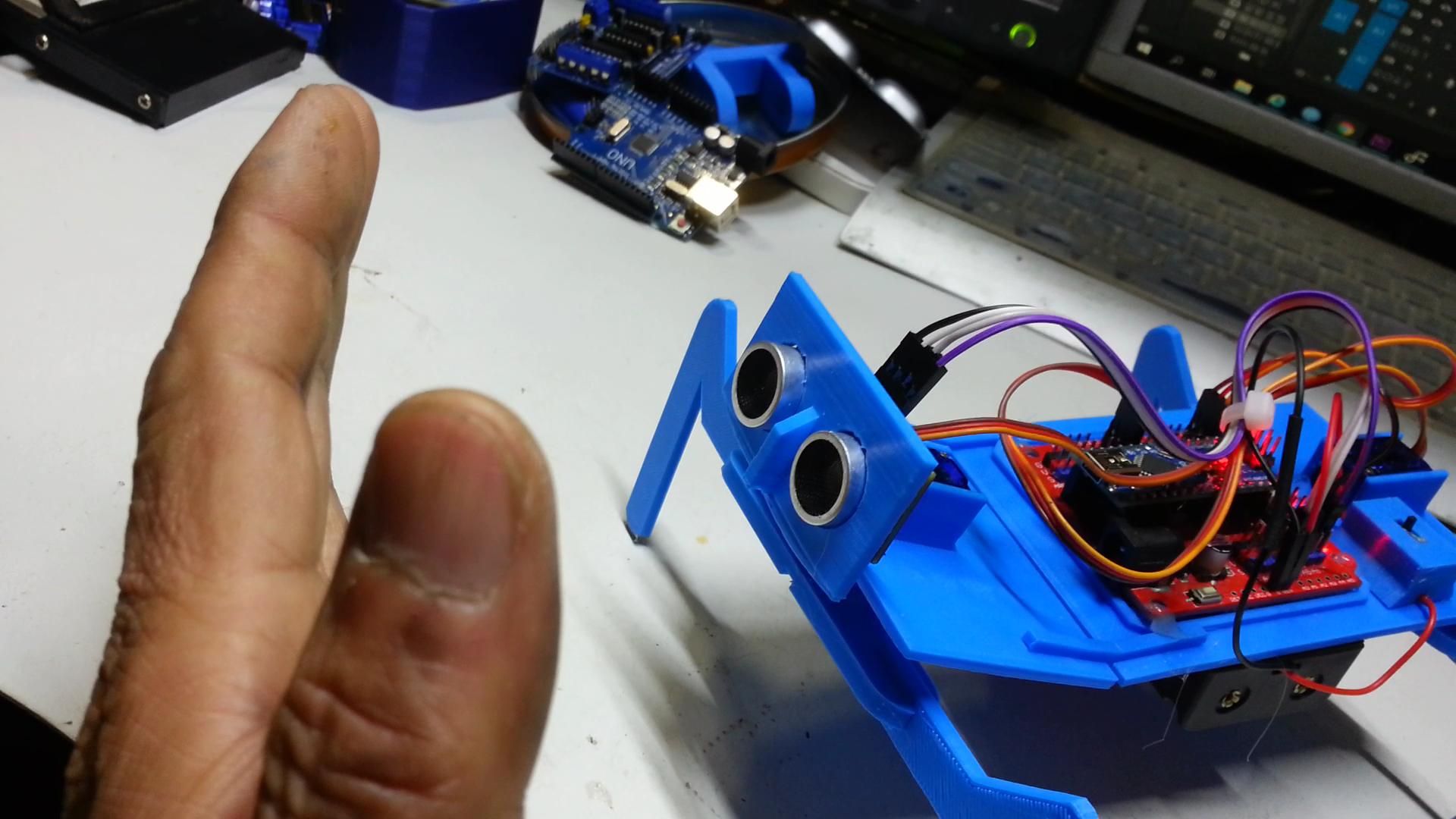 20200114_160143.mp4_000003166.png Télécharger fichier STL gratuit Comment faire un robot mante religieuse • Design imprimable en 3D, speedkornet