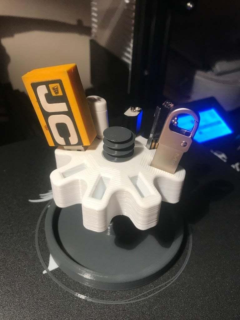 IMG_3058.JPG Télécharger fichier STL gratuit Range clé USB • Modèle imprimable en 3D, stef32