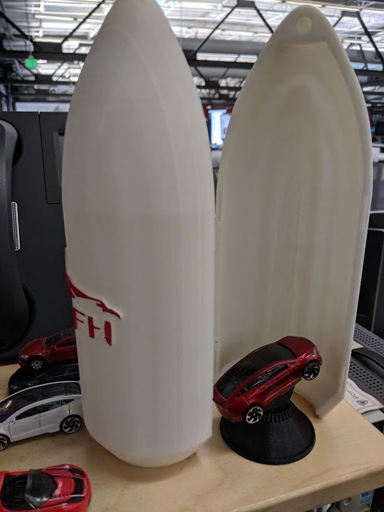 c1a1e7f527a171421330f54471202c29_display_large.jpg Download free STL file Matchbox Roadster Falcon Heavy Fairings • Design to 3D print, Morcelkin
