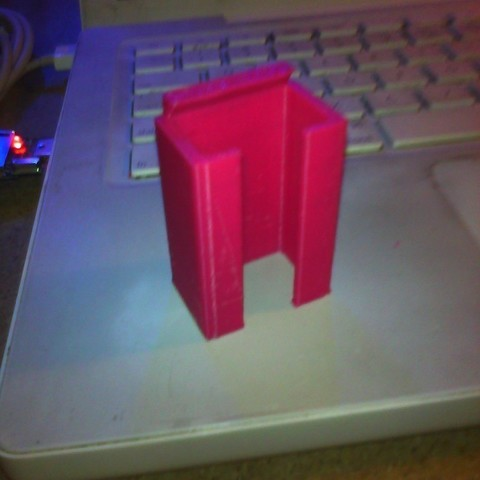 Free 3D printer designs 9Volt battery Holder, Morcelkin