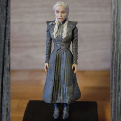 STL files Daenerys Targaryen ready for full color 3D printing, PrintedReality