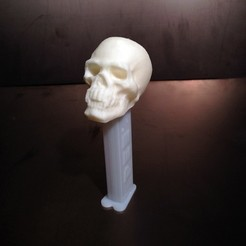 Free 3D printer model Skull with Pointy Teeth PEZ Dispenser Topper, Khuzural