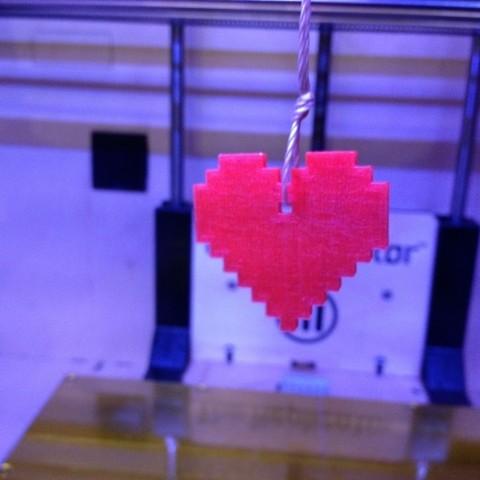 Download free 3D printer model 8 Bit Heart Charm, Khuzural