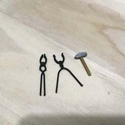 IMG_0349.jpg Télécharger fichier STL gratuit Pinces et marteau de forgeron (échelle 1:18) • Modèle à imprimer en 3D, zanzas_toys