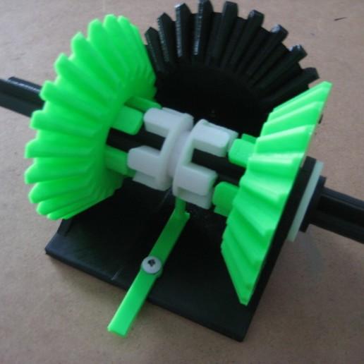 IMG_1247.JPG Télécharger fichier STL gratuit Transmission à engrenages coniques • Modèle à imprimer en 3D, matthewdwulff