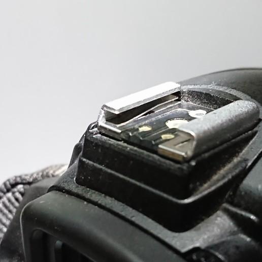 DSC_2646.JPG Download free STL file Camera Hot Shoe Cover • 3D print template, chienline