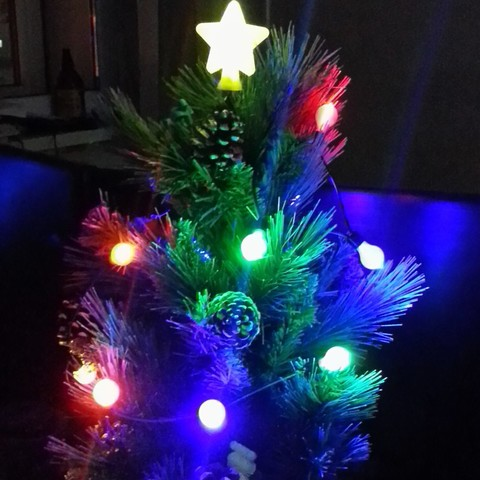 Download free 3D printer files DIY Christmas lights for a small table-top tree, pyromaniak