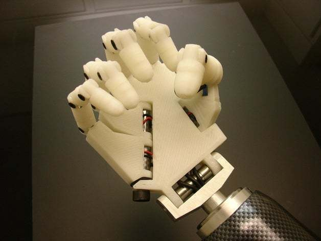 DSC04800_display_large_preview_featured.jpg Download free STL file Hand robot  • 3D printable template, poodyfaisal