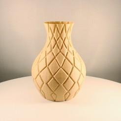 """20200812144434_IMG_5390-01.jpeg Télécharger fichier STL gratuit Vase en diamant, impression """"Vase Mode • Plan à imprimer en 3D, Slimprint"""
