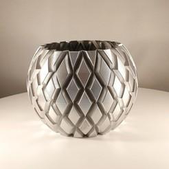 Chrome Faceted sphere planter by slimprint 1.jpg Download STL file Faceted Sphere Planter, (Vase Mode) • 3D printer design, Slimprint