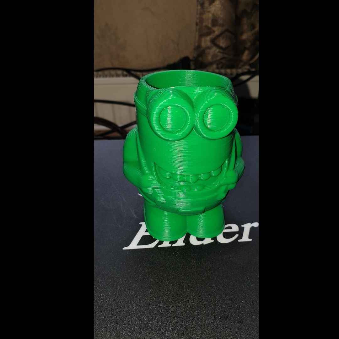 20190620_0924382.jpg Download free STL file Minion Flower Pot • 3D printing template, helmuteder