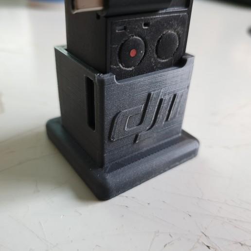 20200216_164620.jpg Download free STL file DJI Osmo Pocket Stand • 3D print design, helmuteder