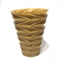 IMG_5123.jpg Download free STL file zigzag vase v1 • Template to 3D print, Brithawkes