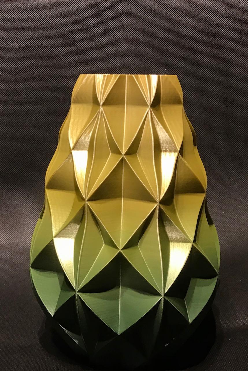 IMG_5260.jpg Download free STL file Retro vase • 3D printing design, Brithawkes