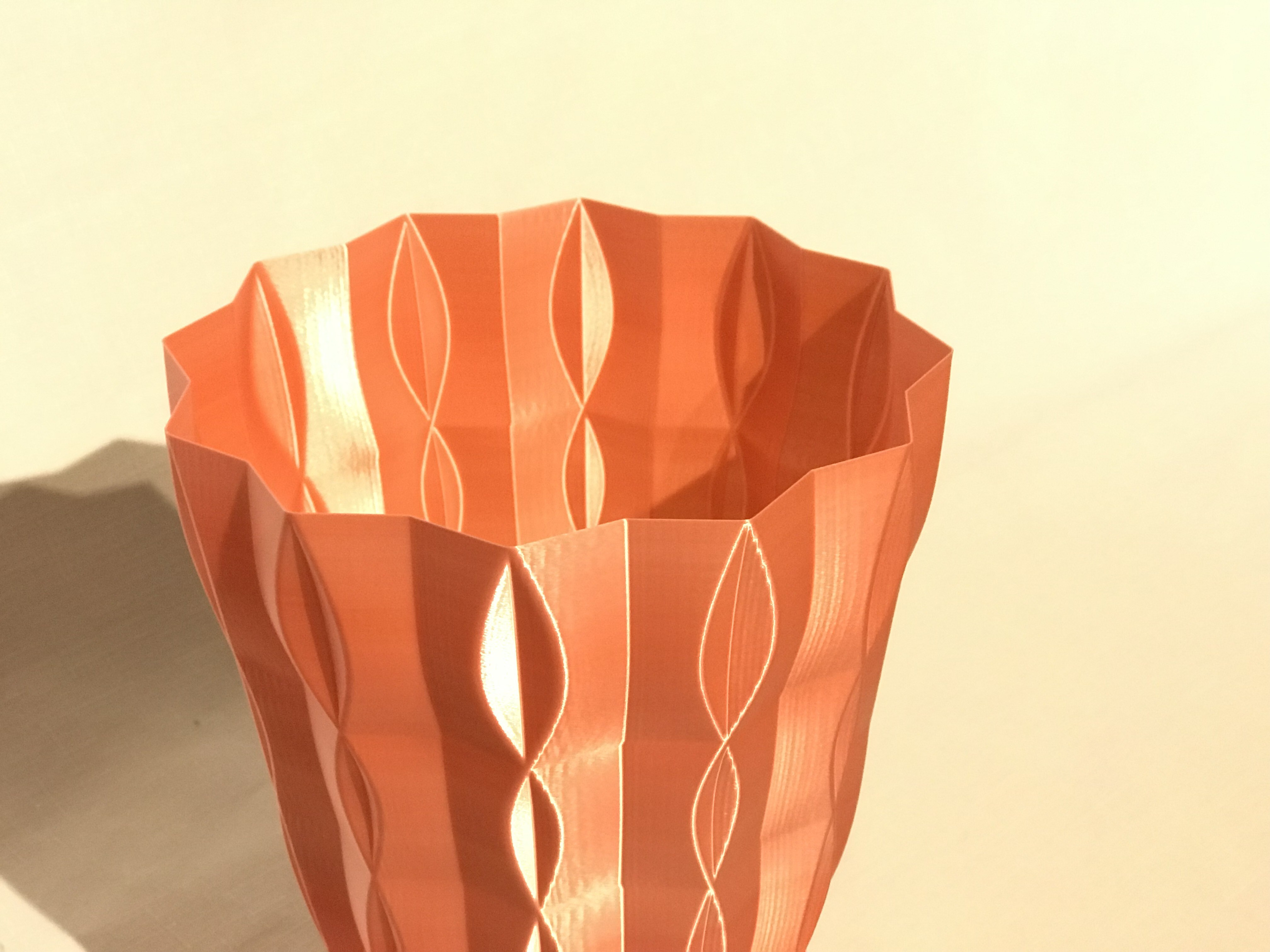 IMG_5071.JPG Download free STL file 2 vases (sixties vase and sixties v2 vase)  • Model to 3D print, Brithawkes