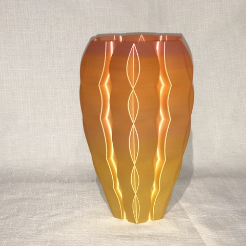 IMG_5059.JPG Download free STL file Padded vase • 3D printer model, Brithawkes