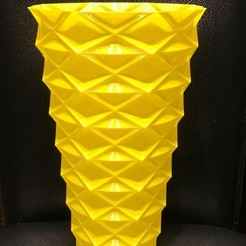 Download free 3D printer designs Zigzag vase v2, Brithawkes