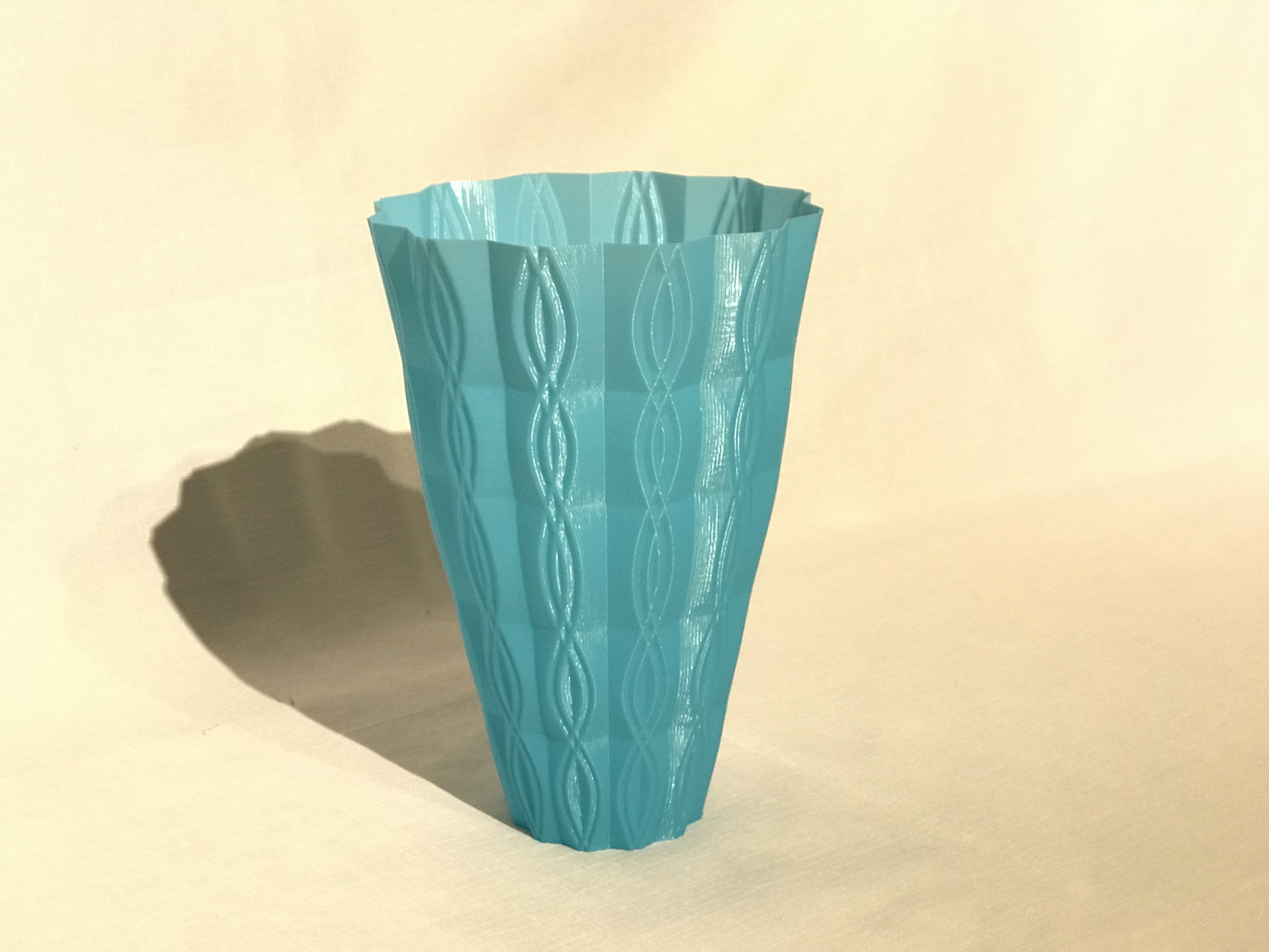 IMG_5076.JPG Download free STL file 2 vases (sixties vase and sixties v2 vase)  • Model to 3D print, Brithawkes