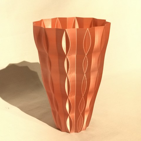 IMG_5072.JPG Download free STL file 2 vases (sixties vase and sixties v2 vase)  • Model to 3D print, Brithawkes