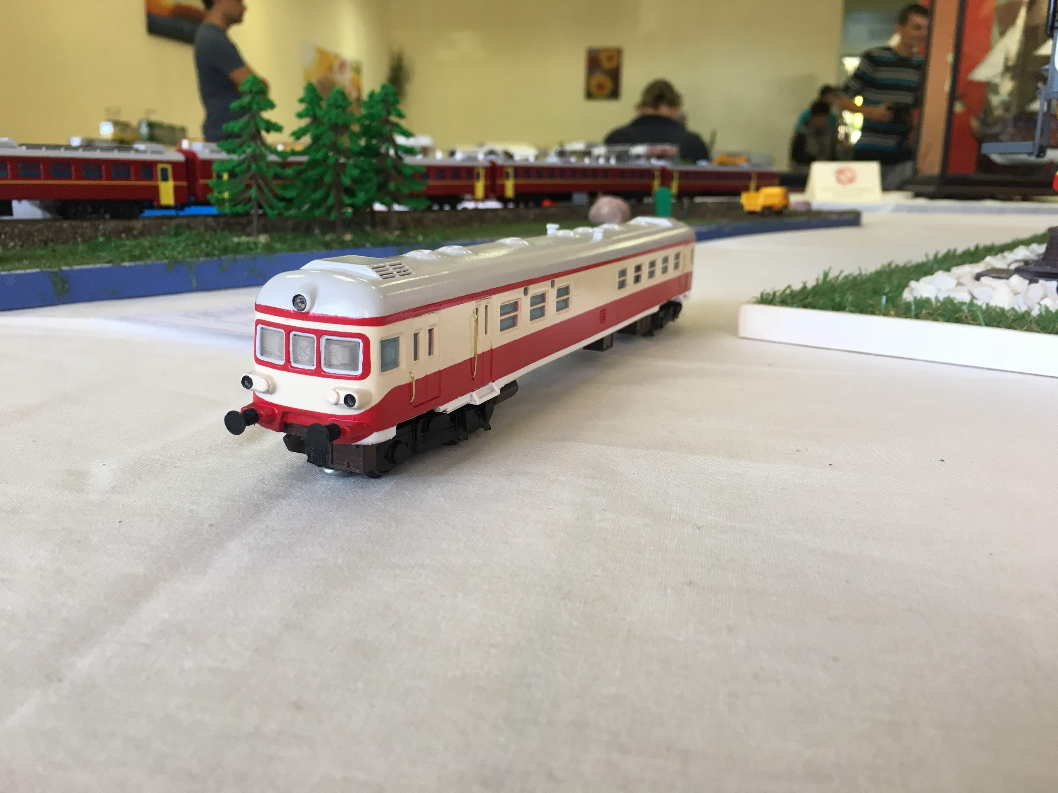 IMG_7465.jpg Download free STL file Bulgarian State Railways Series 19 / SGP Austrian in HO (1:87) scale • 3D printer object, nenchev