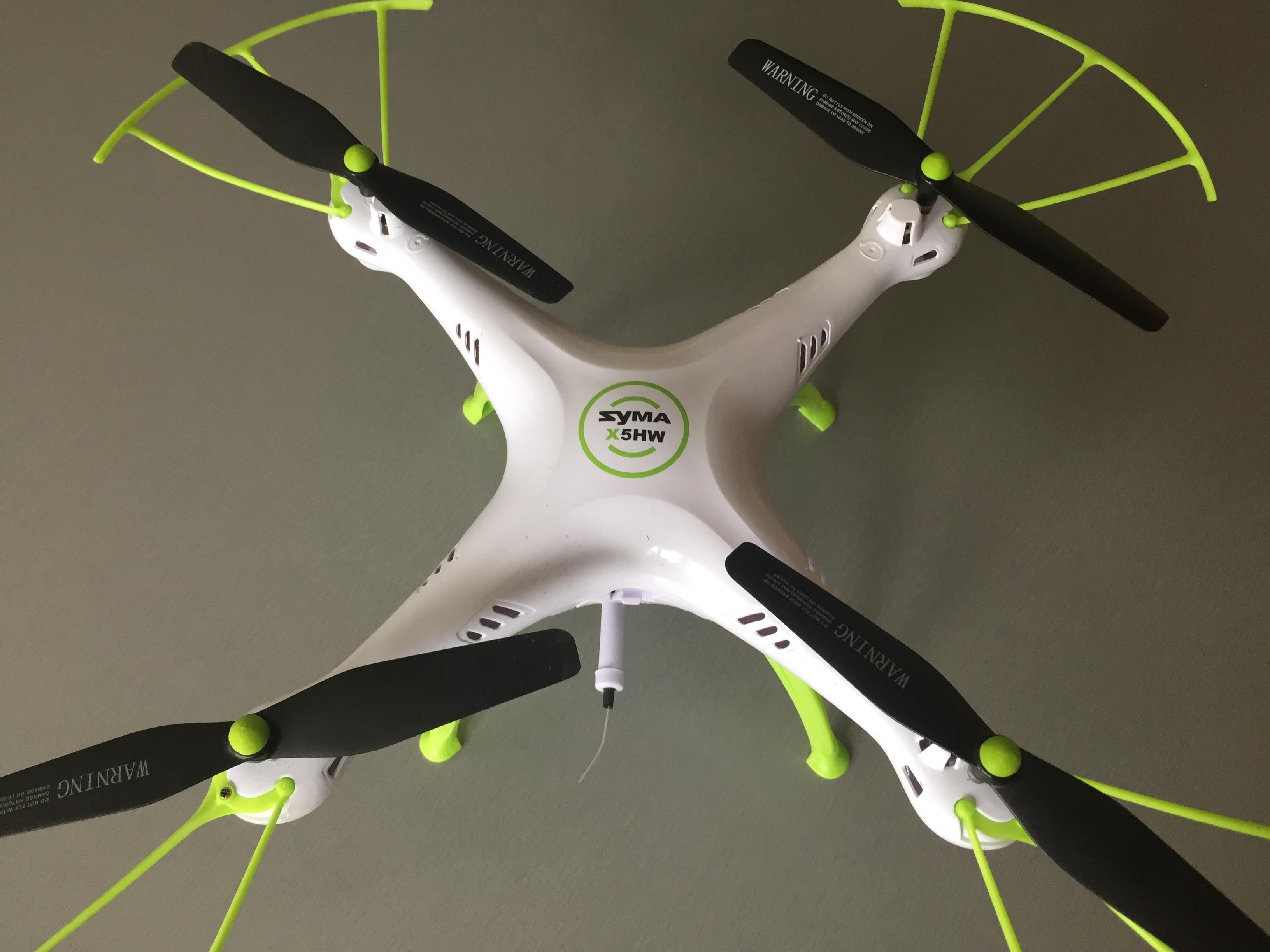 20170530_131034833_iOS.jpg Télécharger fichier STL gratuit Hélice de drone Cap Syma X5 • Objet pour imprimante 3D, Stefaan