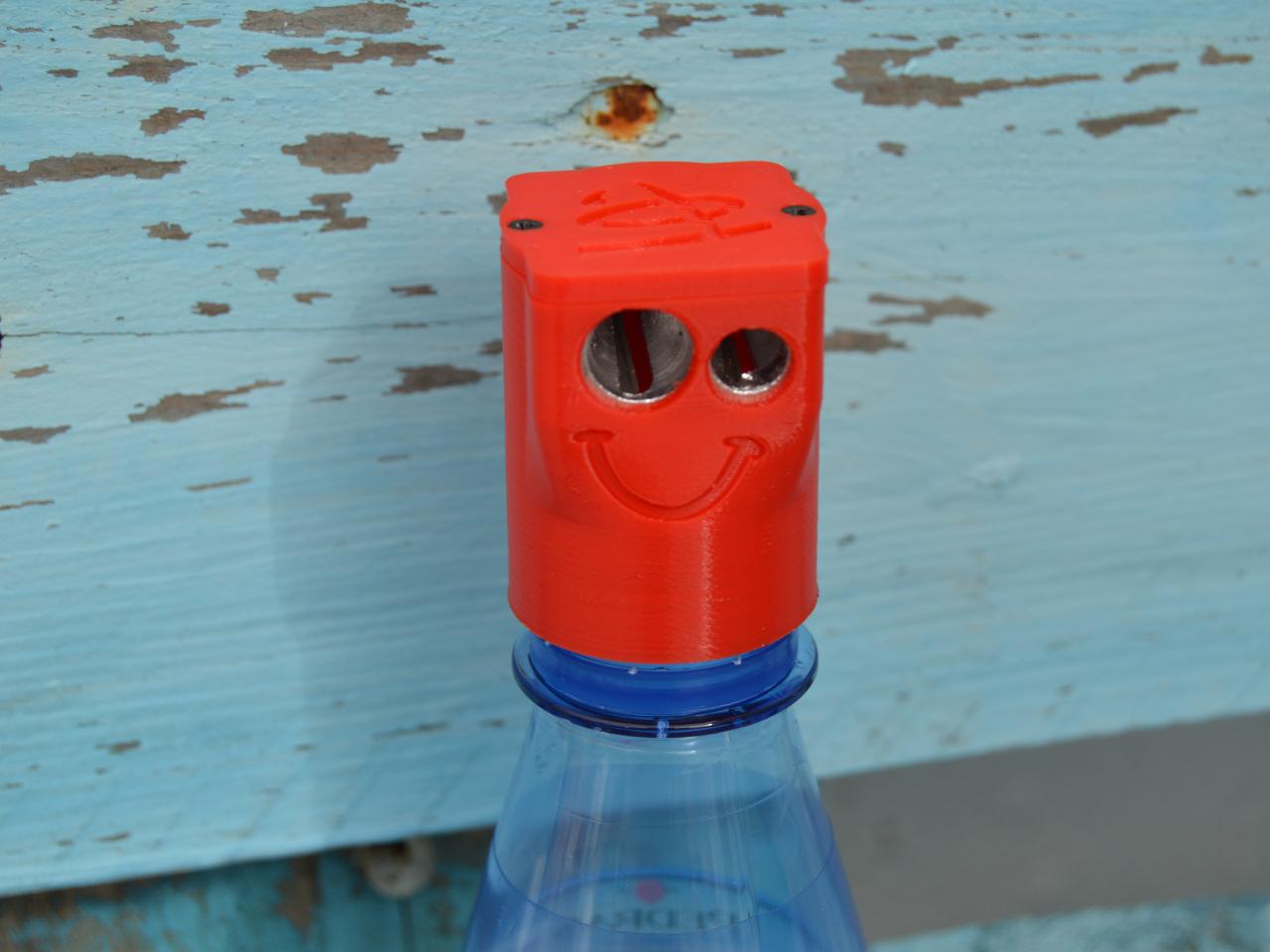 Bottle-pencil-sharpener-container-5.jpg Download free STL file Bottle pencil sharpener (container) • 3D printer model, topedesigns