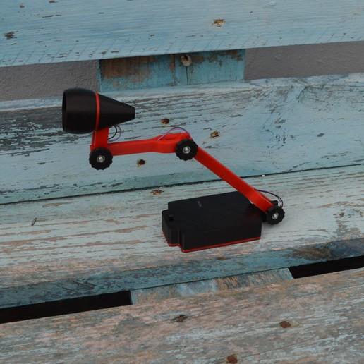 Télécharger fichier 3D gratuit LAMPE avec boîtier de batterie paramétrique (rechargeable), topedesigns