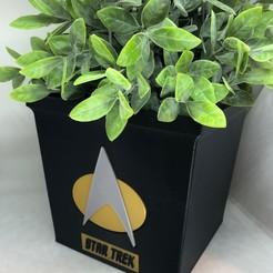 Star trek vase front.jpg Download STL file Star Trek Vase • Object to 3D print, 3DWinnipeg