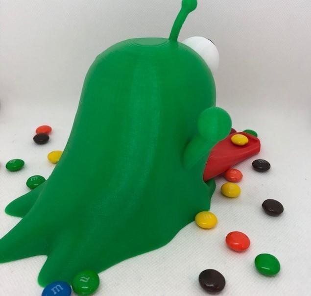 rear.jpg Télécharger fichier STL Distributeur de bonbons pour étrangers • Plan pour impression 3D, 3DWinnipeg