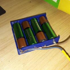 2dd576f260a47f8f42c2948eedc464cc_display_large.jpg Télécharger fichier STL gratuit Mon porte-batterie personnalisé • Plan à imprimer en 3D, noctaro