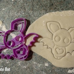 STL file Cute Bat Cookie Cutter, FatDogCookieCutters