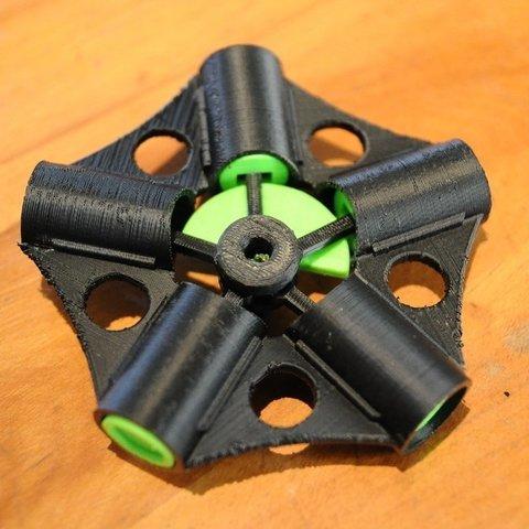 Télécharger fichier impression 3D gratuit Moteur radial ou Hula, Mathorethan