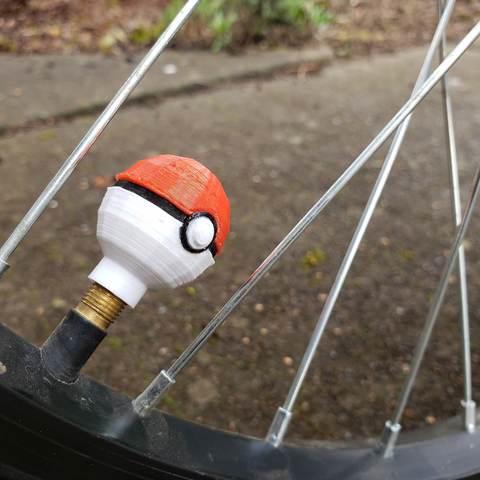 STL file Low Poly Poké Ball (モンスターボール Monster Ball) Bike valve cap [Presta and Schrader valves], utopiamachines