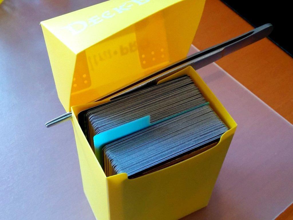 CardDivider__1__display_large.jpg Télécharger fichier STL gratuit Séparateur de cartes • Objet imprimable en 3D, Jeyill3