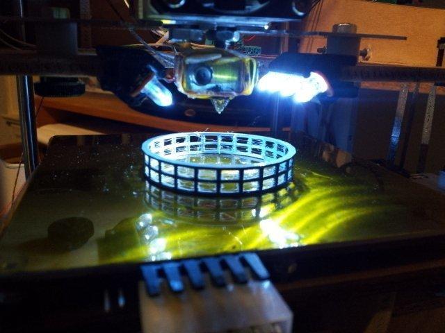 2011-11-29_21.03.16_display_large_display_large.jpg Télécharger fichier STL gratuit Z Clip de la bande LED de scène • Design pour impression 3D, Steedrick