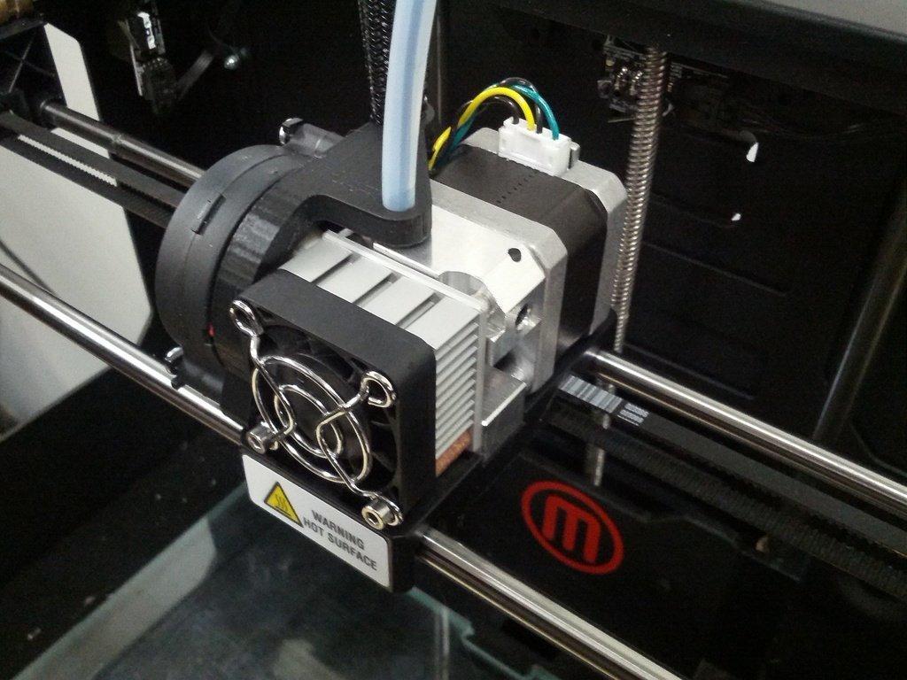 IMG_20130705_163425_display_large.jpg Télécharger fichier STL gratuit Montage sur ventilateur de gaine • Design pour imprimante 3D, AlbertKhan3D
