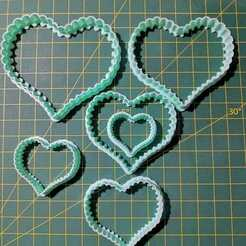 WhatsApp Image 2020-09-20 at 13.43.14.jpeg Download STL file CUTTING HEARTS • Design to 3D print, cristianova43