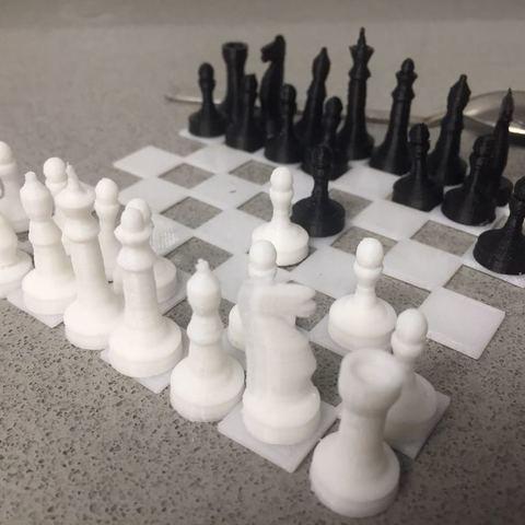 Télécharger fichier STL gratuit Tiny Chess par EliGreen, EliGreen