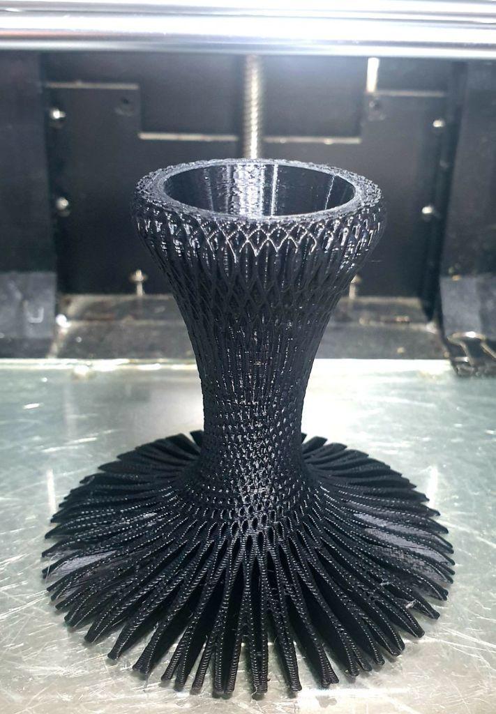 4c97ca6ae3a854d1ad34dd1336c5d388_display_large.jpg Download STL file candle holder • 3D print design, EliGreen