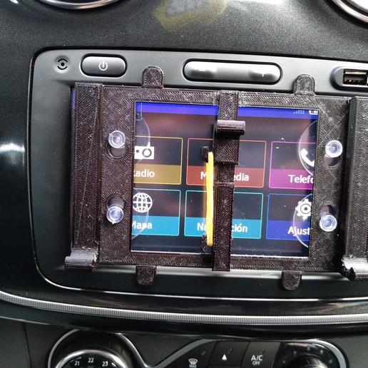 IMG_20190416_103133.jpg Télécharger fichier STL gratuit Support de téléphone pour écran de navigation des médias • Objet pour imprimante 3D, filaprim3d