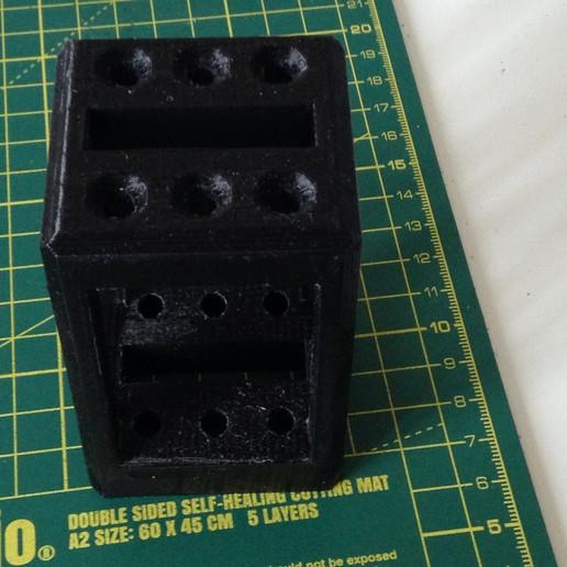 Download free 3D printing models file holder, magnoliolivier